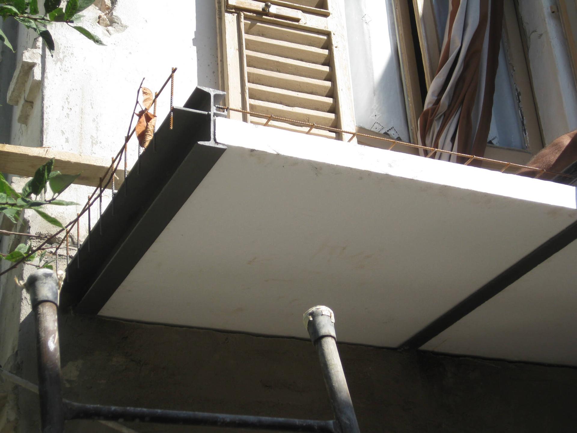 Posa polistiroloro per balcone
