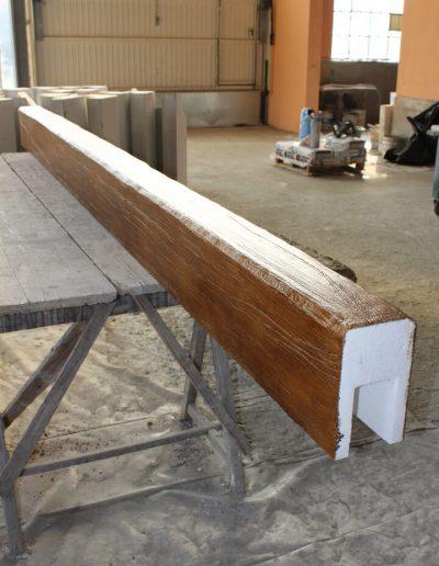 Trave in polistirolo effetto legno