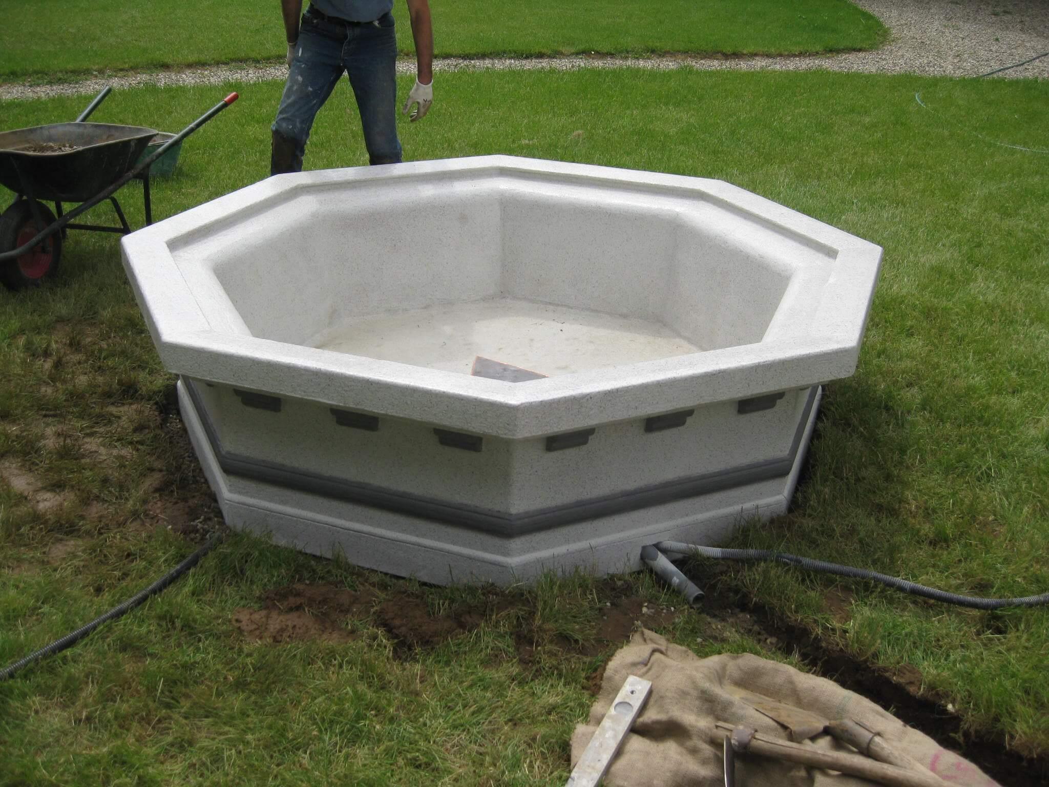 Fontana su misura in polistirolo